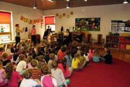 Czytanie dzieciom z Przedszkola - Prezes Chóru Spójnia - Iwona Fojcik_5