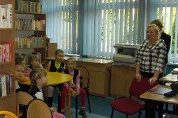 Czytanie dzieciom z SP nr 1 - Dawne czasy - czyt. Cz. Somerlik_1
