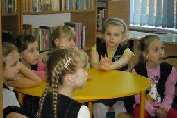Czytanie dzieciom z SP nr 1 - Dawne czasy - czyt. Cz. Somerlik_2