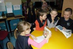 Czytanie dzieciom z SP nr 1 - Dawne czasy - czyt. Cz. Somerlik_9