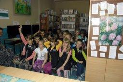 Czytanie dzieciom z SP nr 1 - Znaki są ważne - czyt. A. Wieszołek_8