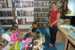 Przedszkolaki w bibliotece - lekcja biblioteczna_2