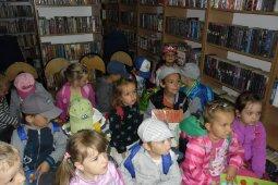 Przedszkolaki w bibliotece - lekcja biblioteczna_3